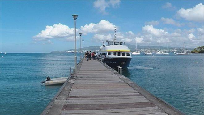 ponton bateau